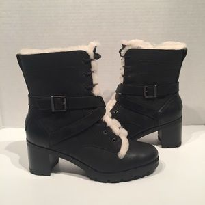 Ugg Women's Ingrid Back Leather Black Boots